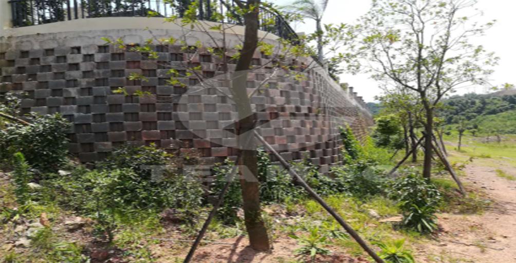 赣州峰山自嵌式柔性生态挡墙